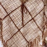 Poncho de lana encintada